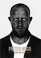 Pieter Hugo: éste debe ser el lugar = This must be the place